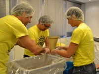 amway-volunteering-day-2014-2